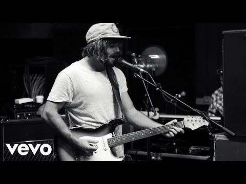Angus & Julia Stone - Grizzly Bear - YouTube