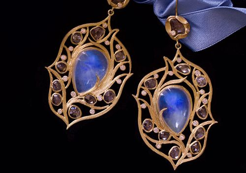 lauriekaiser:    Laurie Kaiser Breeze Earrings in rainbow moonstones and brown rose cut diamonds.