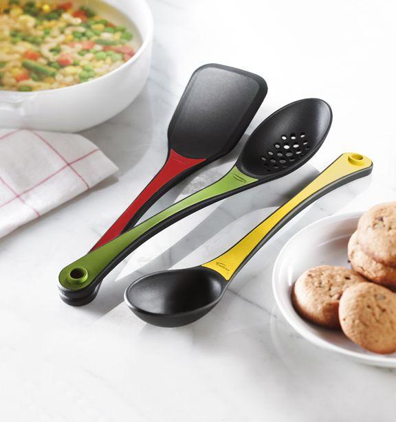 http://www.thekitchenette.fr/ustensiles-de-cuisine-m/Cuill%C3%A8res-spatules-fouets-et-pinces/Ensemble-de-3-ustensiles-de-cuisine-empilables-Trudeau/4472 Ensemble de trois ustensiles de cuisine empilables #trudeau #cuisine