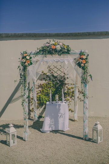 Photo from Rebecca & Padraig collection by Rubistyle Wedding arbor