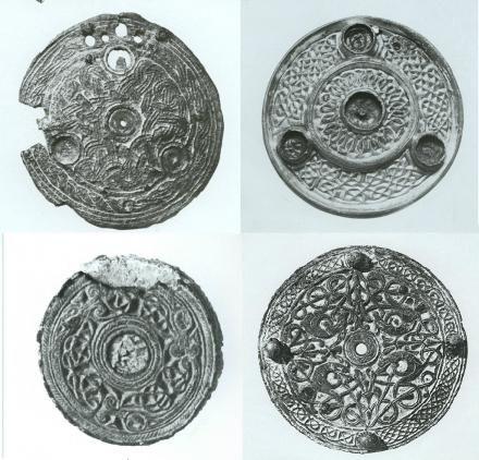 Unique jewellery from the British Isles found in Danish Viking grave | ScienceNordic