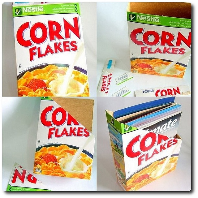 Revistero de caja de cereal by pulsodigital01, via Flickr