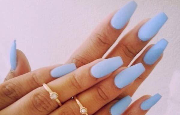 Formas de cortar las uñas, forma uñas ovaladas cuadradas.  Únete al CLUB, síguenos! #uñasdecoradas #decoratednails #uñasconbrillos
