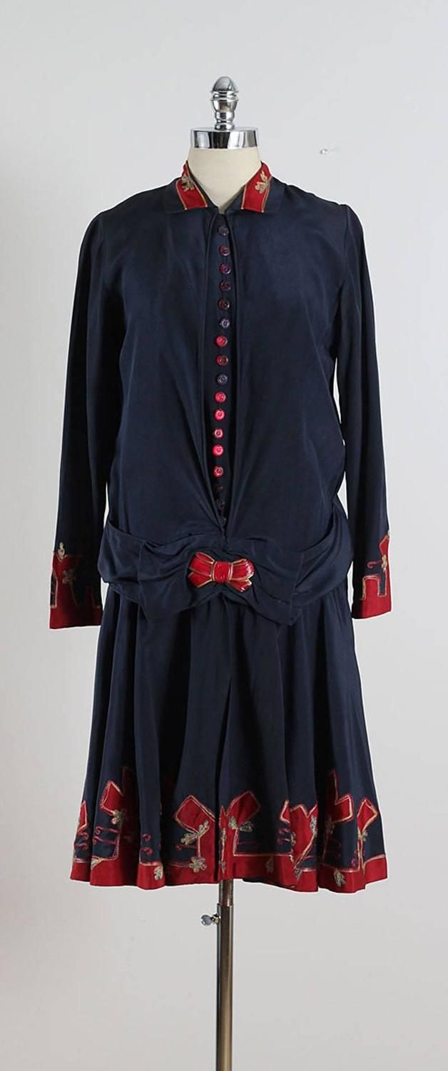 Vintage 1920s Navy Silk Crepe Flapper Dress