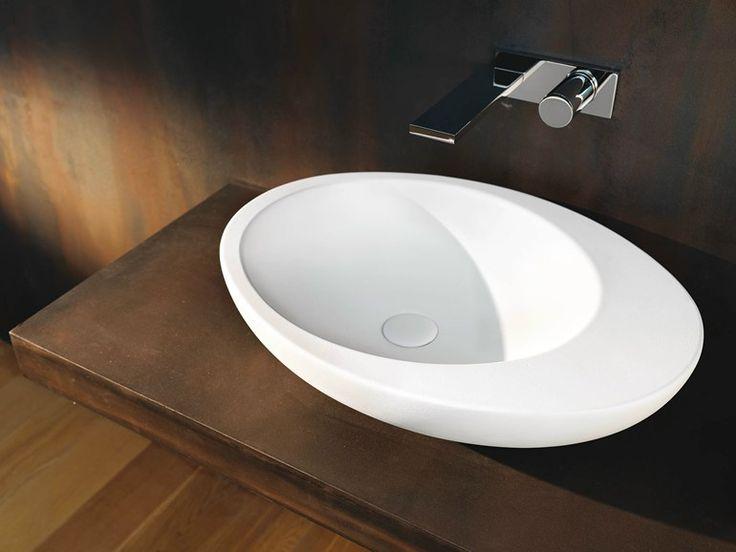 Ceramic washbasin Le Giare Collection by Ceramica Cielo | design Claudio Silvestrin
