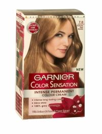 Garnier Color Sensation Hair Colour Cream 7.0 Delicate Opal Blonde 1st intense hair colour with Mother-of-Pearls & Flower Extract for a Sensational Colour.  100% grey coverage Mirror shine enriched with mother-of-pearls and flower extract, the colour shimmers with mirror shine from root to tip and is left beautifully soft to the touch. Its rich creamy texture envelops the hair, without dripping.