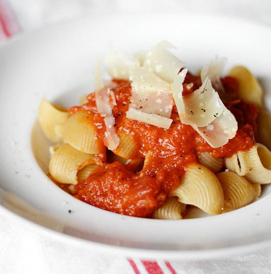 12 recipes to know by heart: 4 Ingredient Tomato, Heart, Pasta Sauce, Tomato Sauce, Food, 4 Ingredients, 12 Recipes, 12Recipes