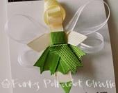 TONS of Disney Princess ribbon hair clip ideas..