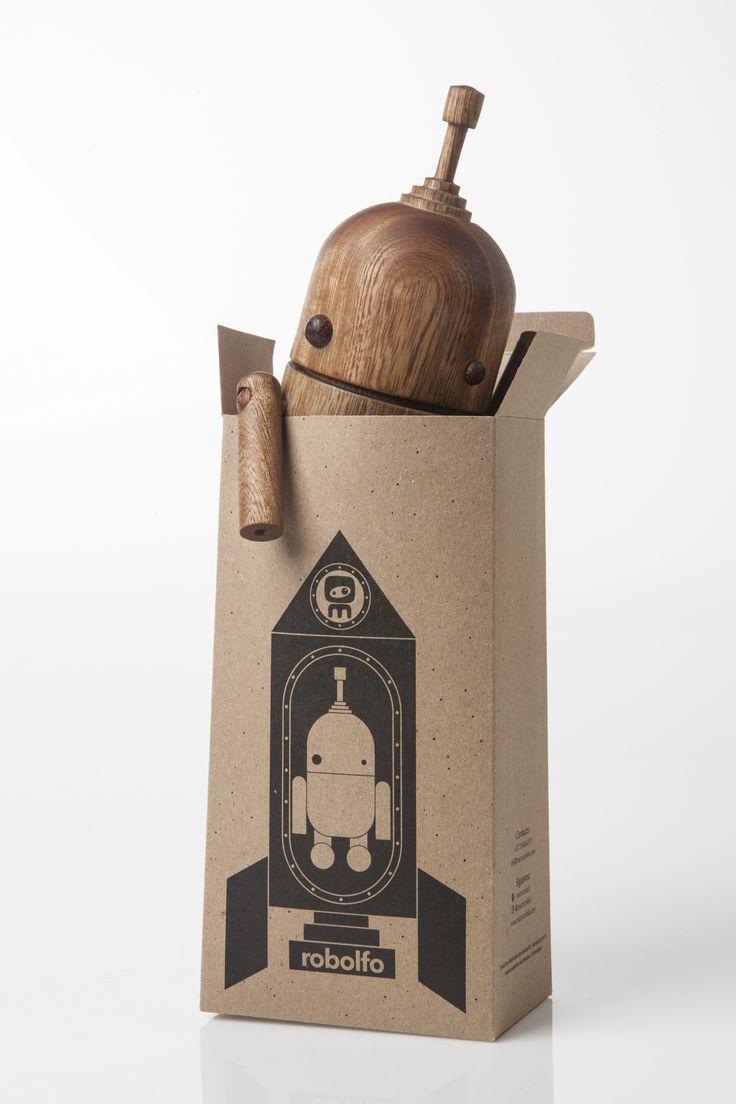 robolfo. Macrocéfalo Diseño. #robot #toys #kids #woodturning #handcrafted #design #wood #juguetes #niños #torno #hechoamano #artesania #diseño #madera