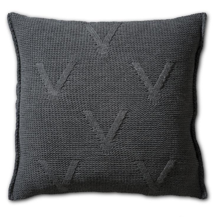 De 82 beste afbeeldingen over Pillows 50x50 - Knit Factory op ...