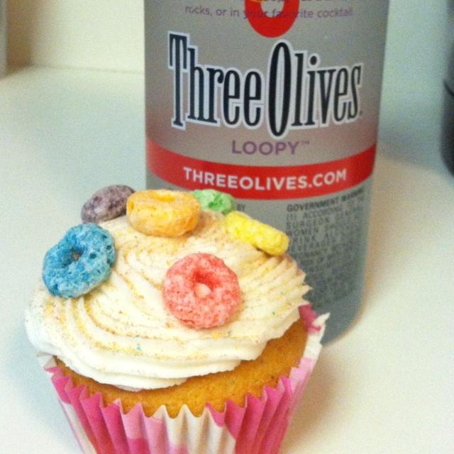 Fruit loop cupcakes with loopy vodka