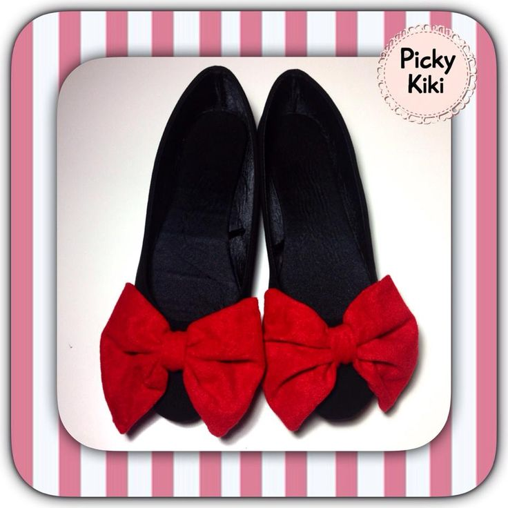 Minnie Mouse handmade ballerinas shoes. Black suede and red velvet bow.