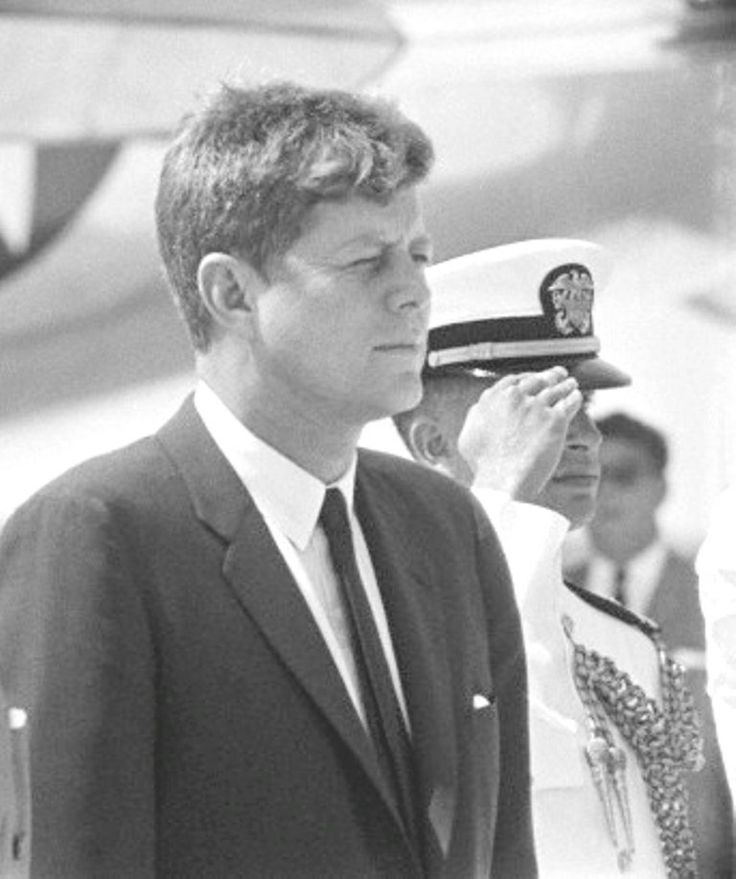 an introduction to the assassination of john f kennedy the 35th president of the united states History investigations jfk assassination 1963: us president john f kennedy assassinated on this day in history john fitzgerald kennedy, the 35th president of the united states, is.