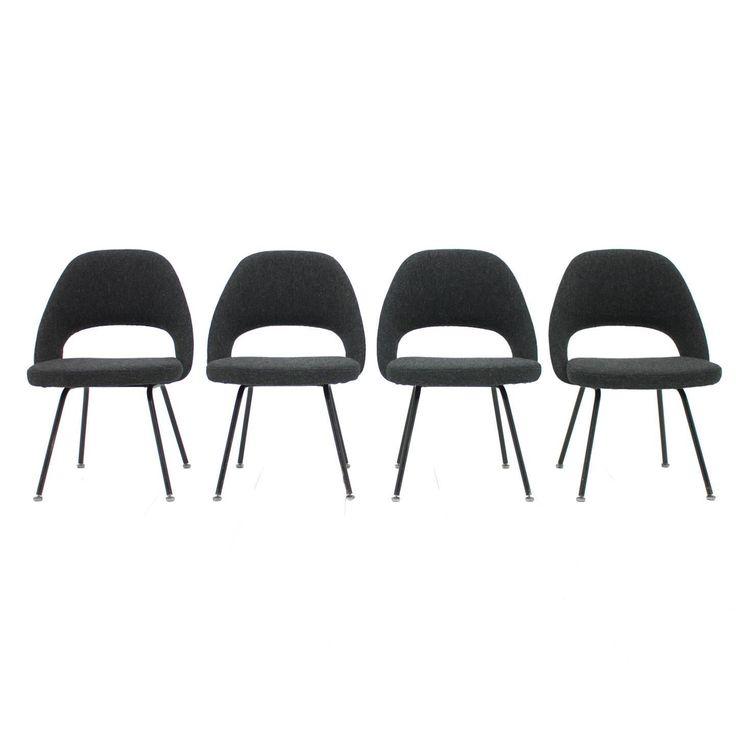Set of Four Eero Saarinen Chairs Mod. 71 by Knoll International, 1951