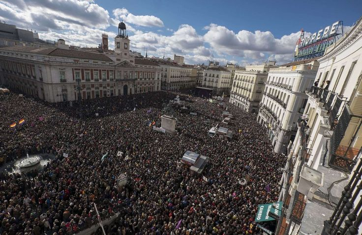 Las imágenes aéreas de la marcha de Podemos (FOTOS)