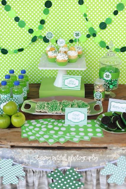St Patricks Day Party Ideas via www.karaspartyideas.com