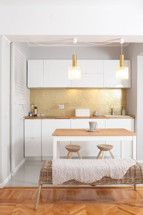 kitchen, traditional accents, white, simple, small space