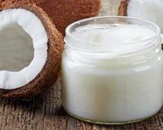 Crème hydratante noix de coco pour peaux sèches : http://www.fourchette-et-bikini.fr/recettes/recettes-minceur/creme-hydratante-noix-de-coco-pour-peaux-seches.html