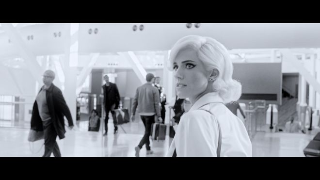 プラダが女性の持つ複雑さを表現したショートフィルムPAST FOWARDを公開