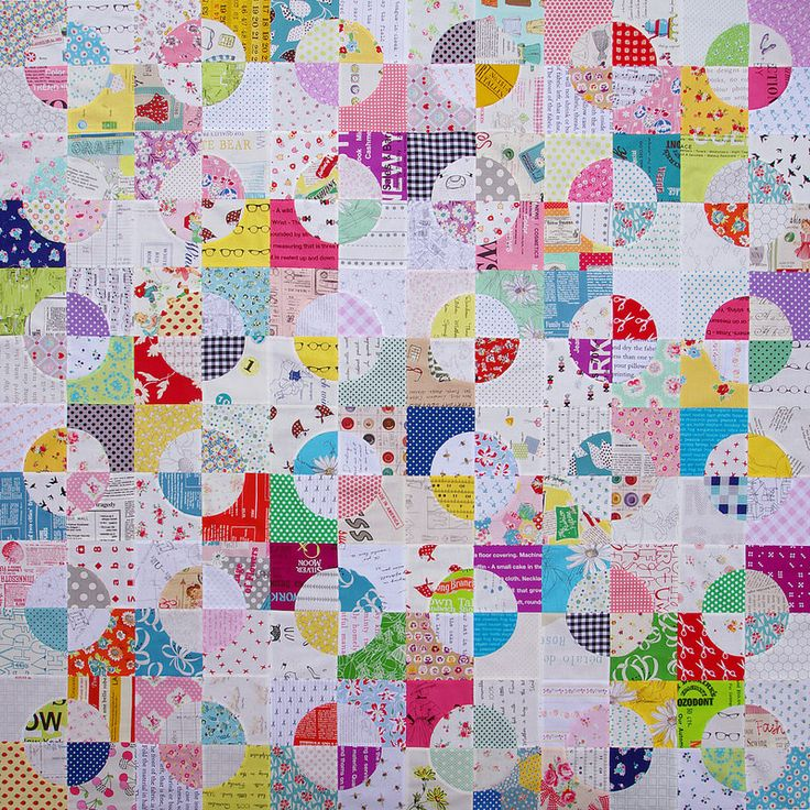Drunkard's Path Quilt: Peppers Quilts Great, Quilts Inspiration, Red Peppers Quilts, Drunkards Paths Quilts, Pieces Quilts, Paths Blocks, Quilts Hexagons, Accuquilt Ideas, Circles Quilts 1 Jpg 800 800