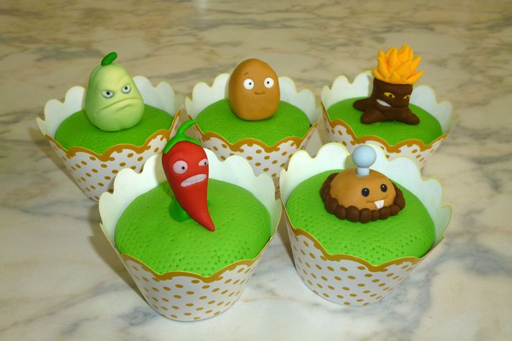 How to make Plants vs Zombies cupcakes (part 2/3) / Cupcakes de Plantas ...