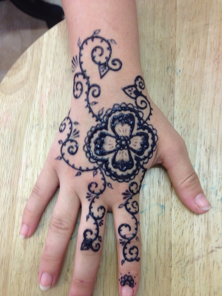 Mehndi Tattoo Real : Best images about henna on pinterest lower backs
