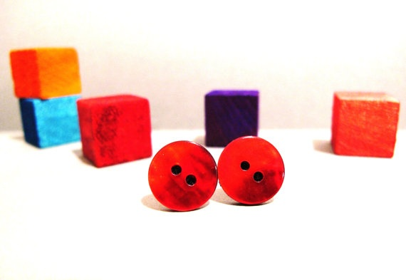 Red shell button earrings