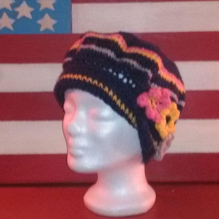 bonnet bérêts au crochet fil à tricoter bleu rose jaune et gris taille adulte : Chapeau, bonnet par chely-s-creation