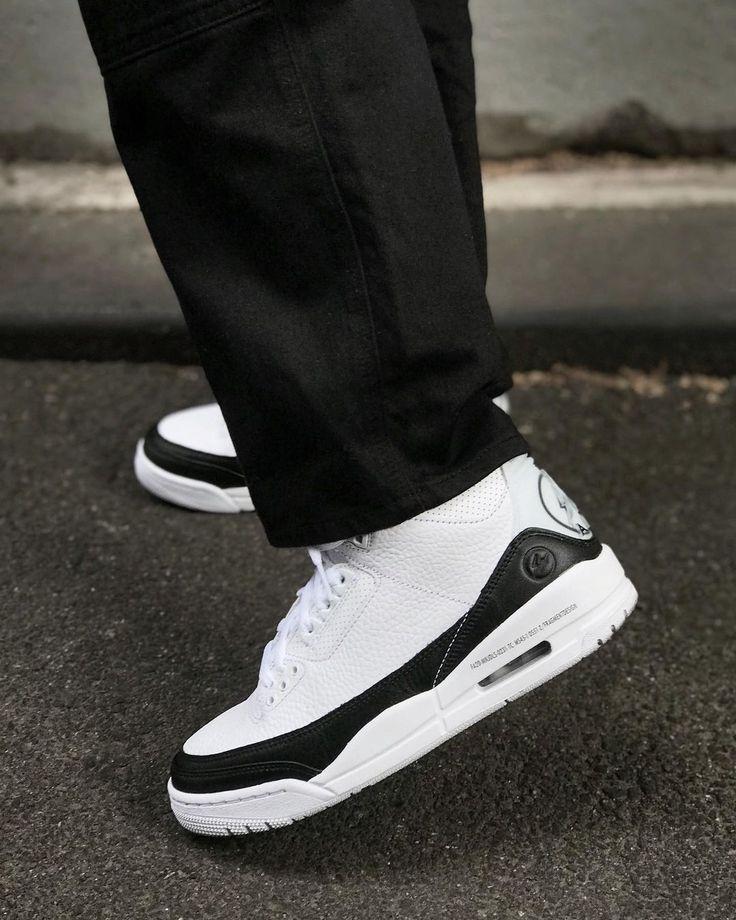 Air Jordan 3 Retro Fragment White Black | Chaussures jordan rétro ...