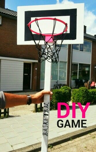 Today i made this Cool basketbal game :D love him!