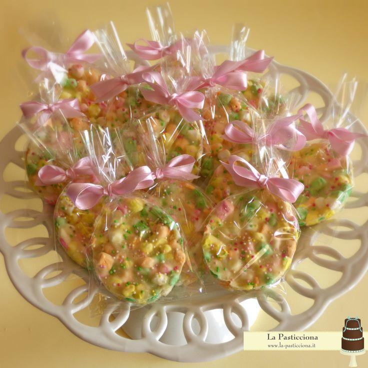 uova di cioccolato bianco e mini marshmallows fatti a a mano