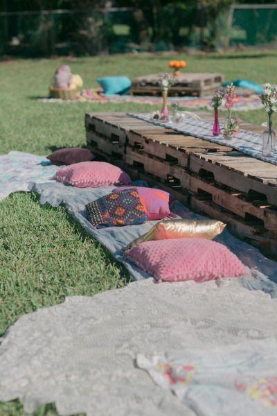 Backyard brunch: http://www.stylemepretty.com/living/2015/04/21/a-southern-backyard-brunch/ | Photography: Jessica Bordner - http://www.jessicabordner.com/