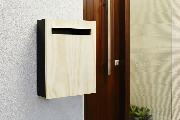 Generally, you can buy letterbox in one of the two basic styles, either a wall mounted box or a curbside letterbox.