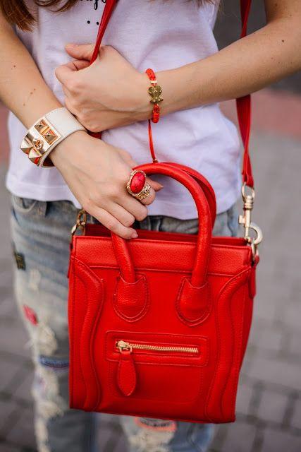 #girl #bag #itbag #red #ring # details