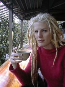 Mixed People with Dreads | This is topic the white people with corn rows and dreds thread in ...