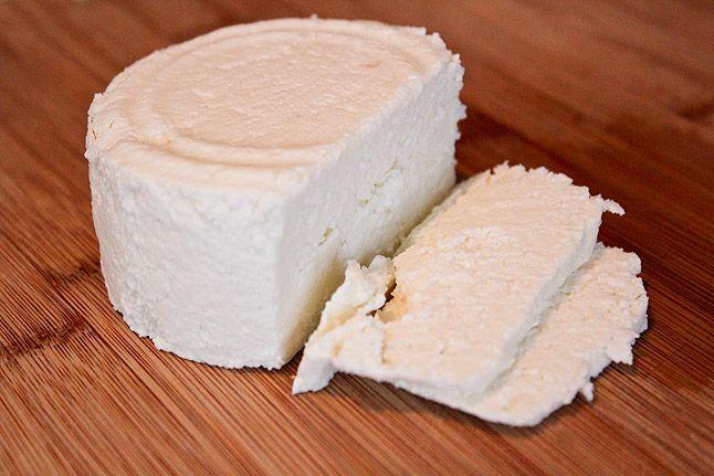 homemade queso fresco! yummy :)