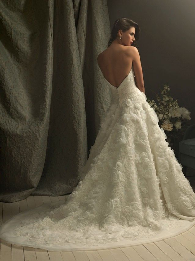 Allure Couture C157 Wedding Dress #weddingdresses #wedding #bride #allurebridals #allure #weddingdress #couture