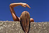Cabelo oleoso? Faça um detox do couro cabeludo com argila verde | BOA FORMA