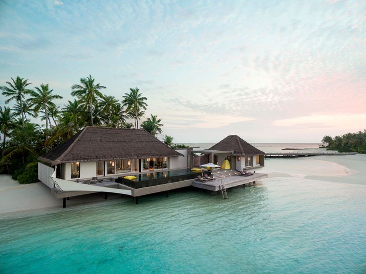 Sunset in paradise. #architectural #architecturaldesign #architecturaldetails #architecturalphotography #luxurystyle #luxurylife #luxurytravel #luxuryhotel #resort #mansion #hoteldesign #designmagazines #architecture #exclusive #luxury #luxurylifestyle #luxuryliving #dronephotography #aerialphotography #maldives #ocean #sea #beaches #reef #photooftheday #photography #beautiful #followme #instagood #leisure #style #picoftheday @chevalblancofficial @chevalblancrandheli Photo: @fabrizionannini…