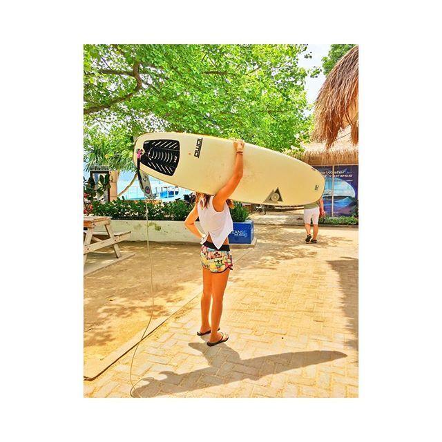 【sakiiiiii.1020】さんのInstagramをピンしています。 《⚓🔱🌊 * ロンボク島はサーフィンも良いらしいけど 完全に今はダイビング派です(笑) * #腕筋マッチョ #丘サーファー * * #ロンボク島#インドネシア#島巡り#ギリ三島#ギリ島#サーフィン#ダイビング#海#ビーチ#南国#リゾート#バグース #gili#island#indonesia#surfing#diving#sea#beach#ocean#resort#holiday#bagus》