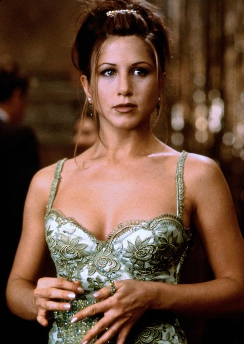 Jennifer Aniston in Picture Perfect.....I have always loved this dress from this movie!!