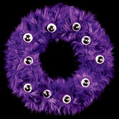Fur-ocious Wreath - Image Collection