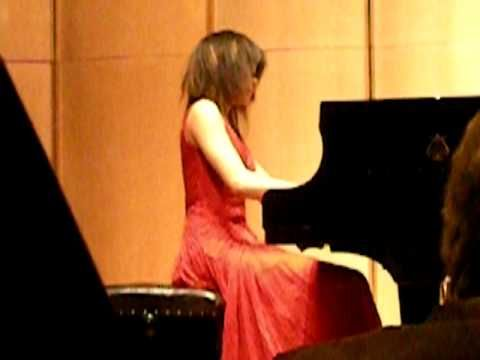 Yuja Wang plays Chopin Valse Opus 64 No 2 (playlist)