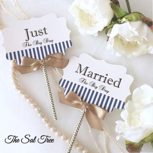 ハンドメイドマーケット minne(ミンネ)| ネイビーストライプウェディングフォトプロップス(Just Married)