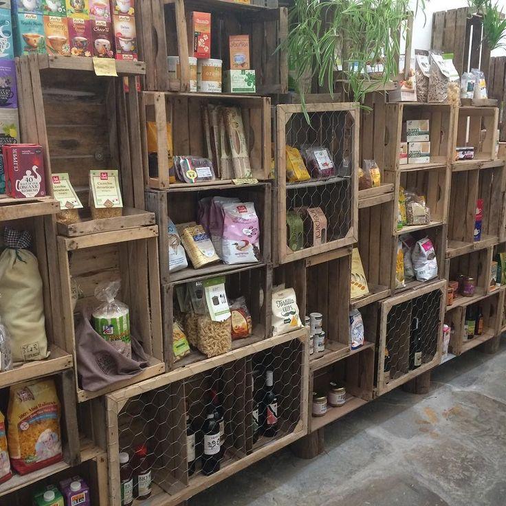 #floransa #florence #italya #italy #kasa #crate #raf #shelves #dekor #dekorasyon…