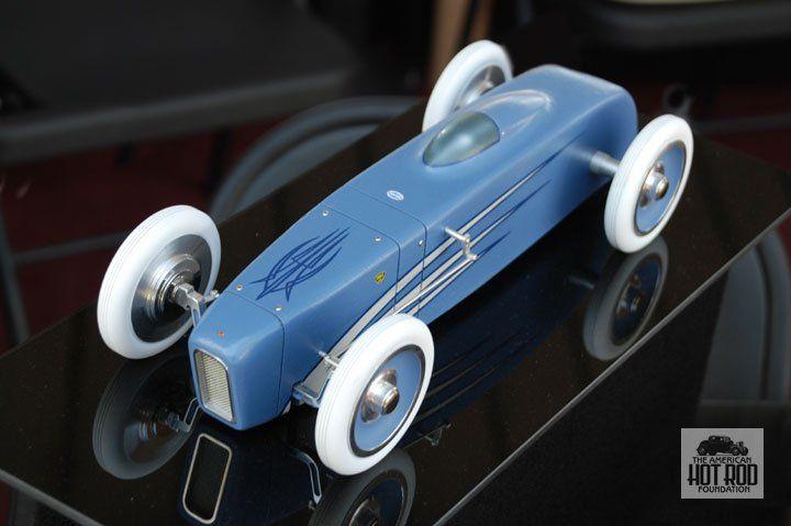 jmc046mikes_toy_car