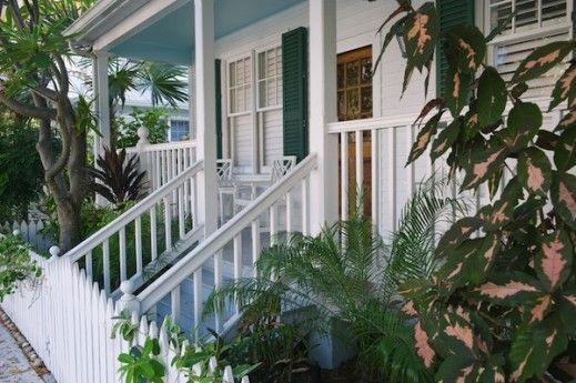 Childhood vacations to Florida grandparents makes me love Key West style even though I'm a Lone Star girl #decor #beach #cottage