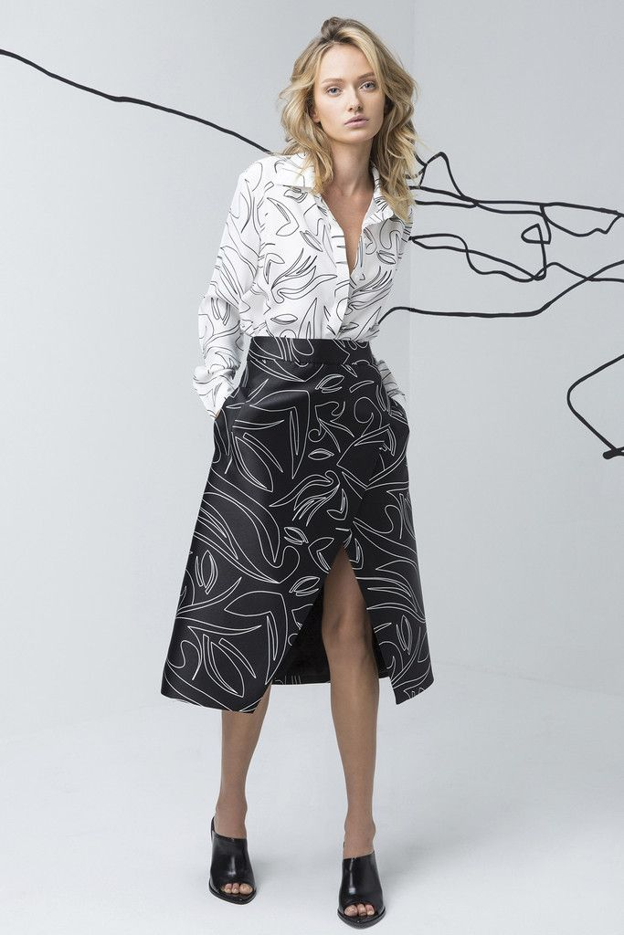 C/MEO COLLECTIVE monohrome skirt is available at suitster.com