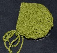 Шапка зеленая с веревкой
