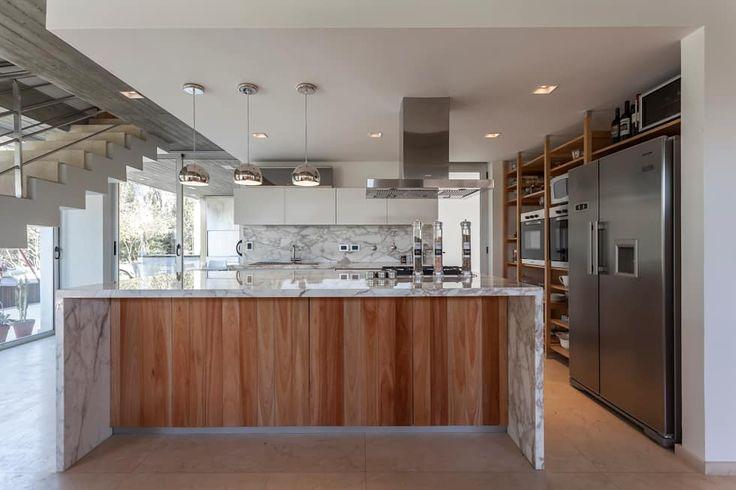 Cozinhas modernas por ESTUDIO GEYA